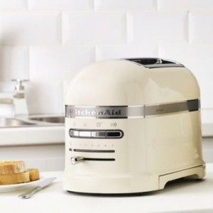 Тостер KitchenAid 5KMT2204EAC кремовый
